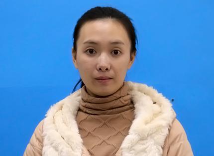 小学英语教师 范怡