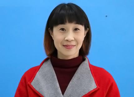小学英语教师 刘三令